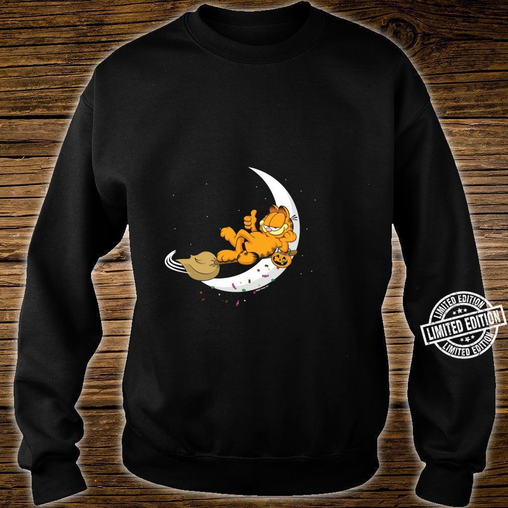 Garfield Halloween Crescent Moon Broom Riding Garfield Shirt sweater