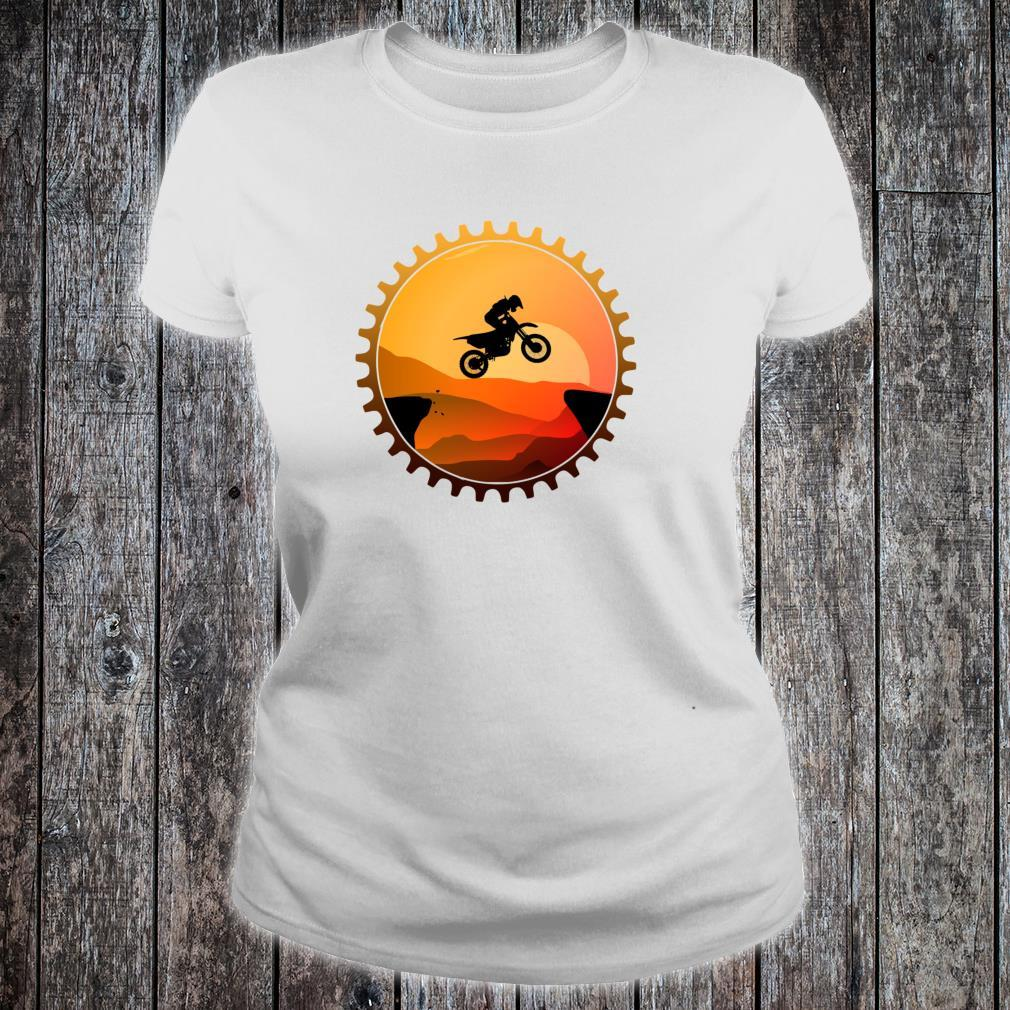 Vintage Downhill Biking MTB Mountain Bike Retro Sunset Biker Shirt ladies tee