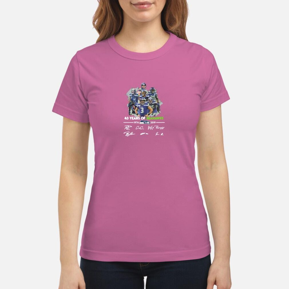 43 years of Seahawks 1976 2019 signatures shirt ladies tee