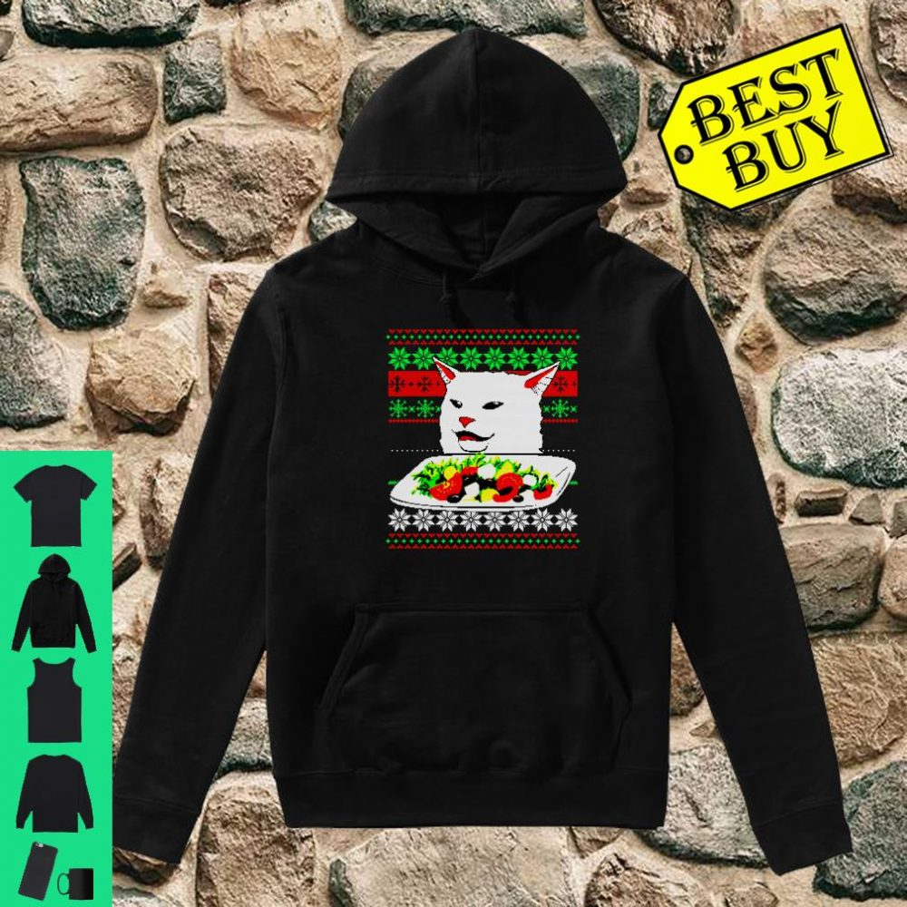 Frau, die an Cat Ugly Christmas Sweater Meme Design schreit Shirt hoodie