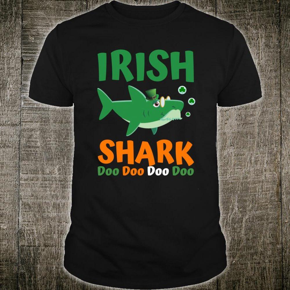 St Patricks Day Shirt for Grandpa Dad Irish Shark Shirt
