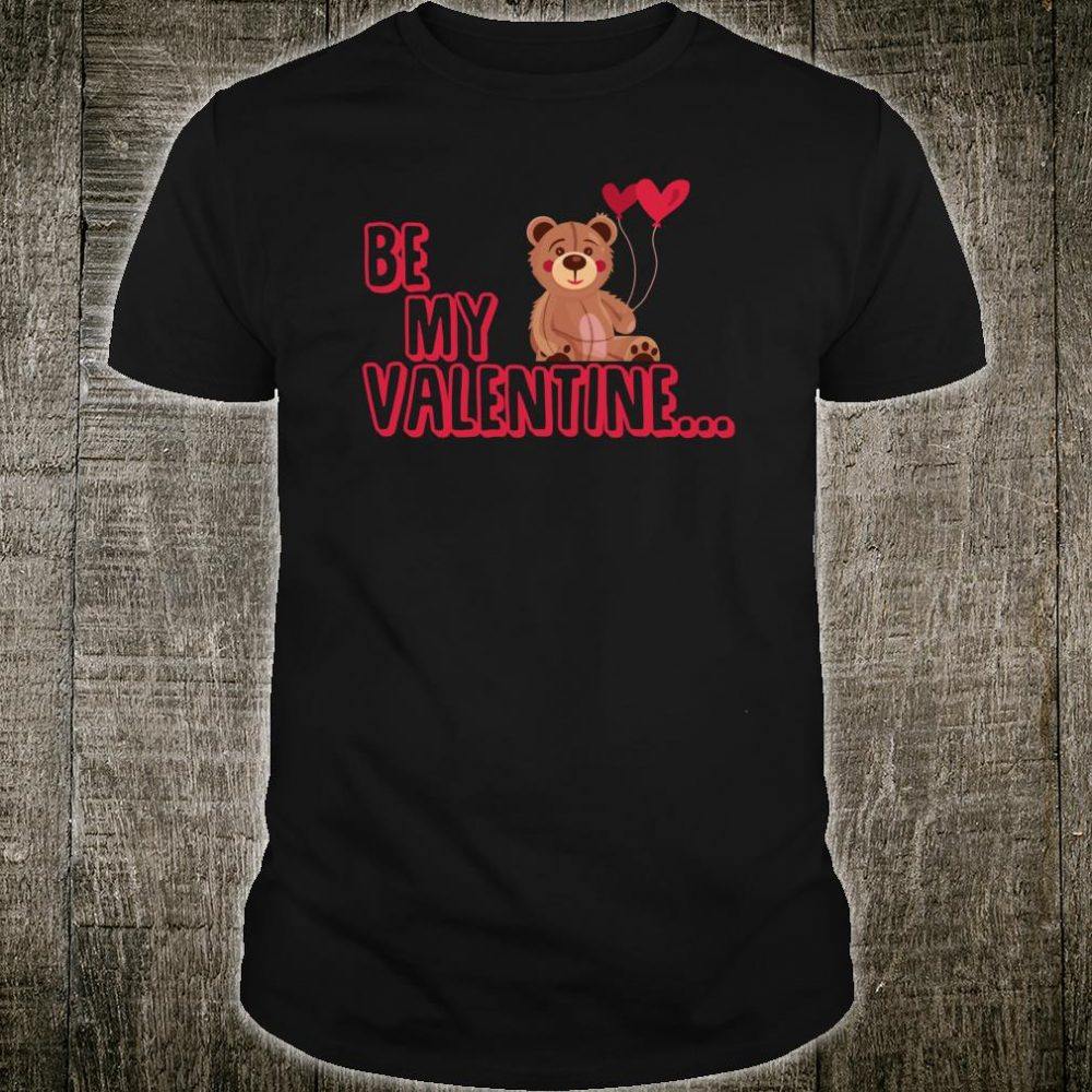 Teddy bear with heart for Valentine's Day Shirt