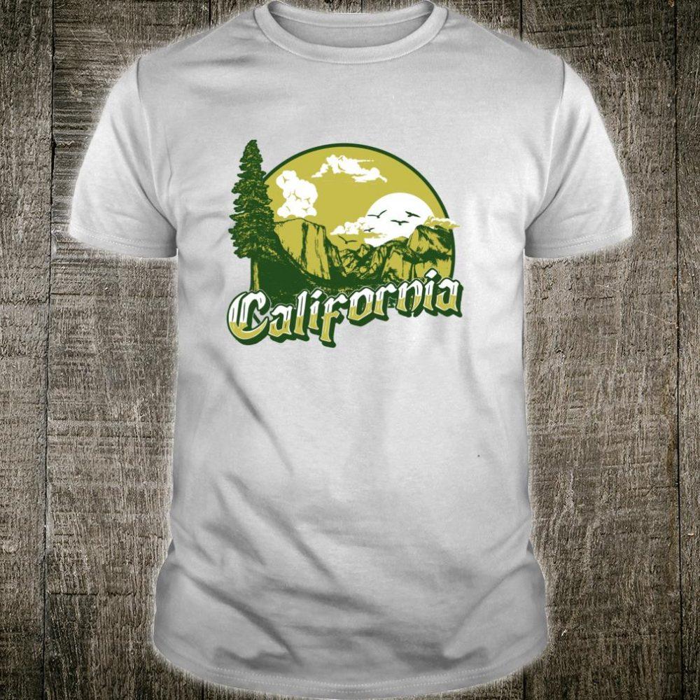 Vintage California Retro 80s Style Outdoors Yosemite Shirt